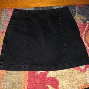 Topshop Moto Petite Black Jean skirt size s